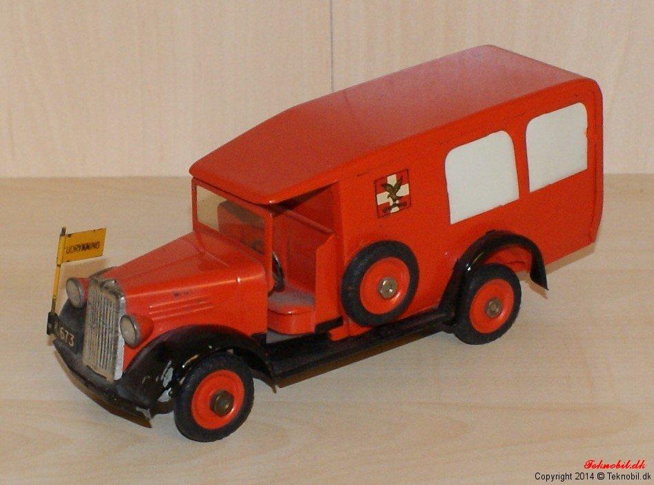 Ambulance Falck Tekno no. 351