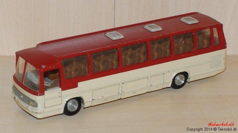 Mercedes Benz 0302 Bus Tekno no. 950