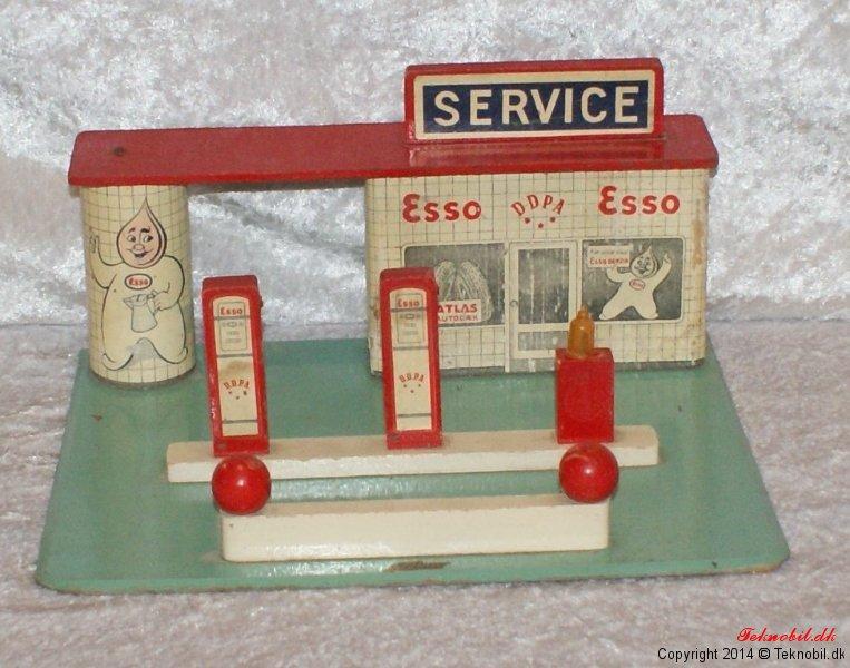 Esso servicestation tekno no. 516