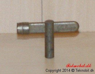 Nøgle til urværksbil (tekno no.451)