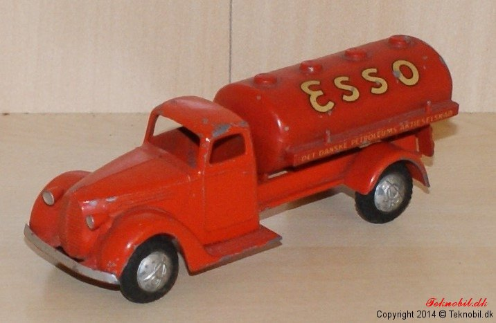 Ford V 8 Benzinbil Tekno no. 426