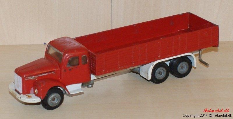 Scania Vabis Tekno no. 451