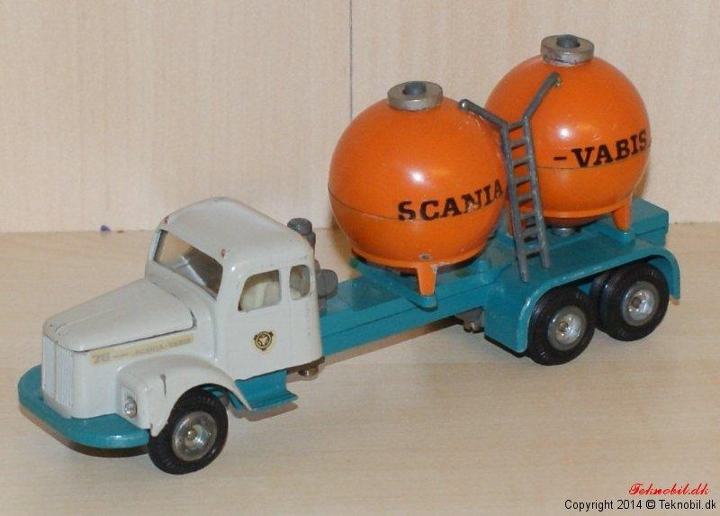 Scania Vabis Cementbil Tekno no. 453-1