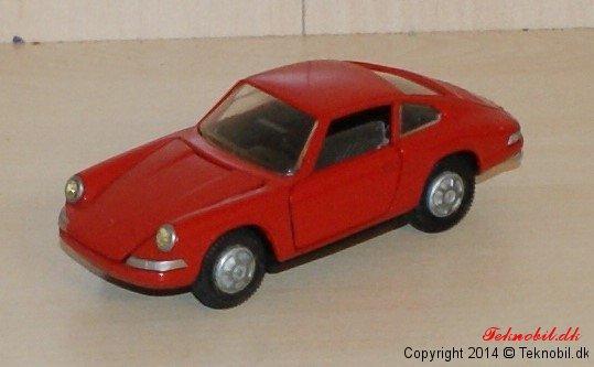 Porsche 911S Tekno no. 935