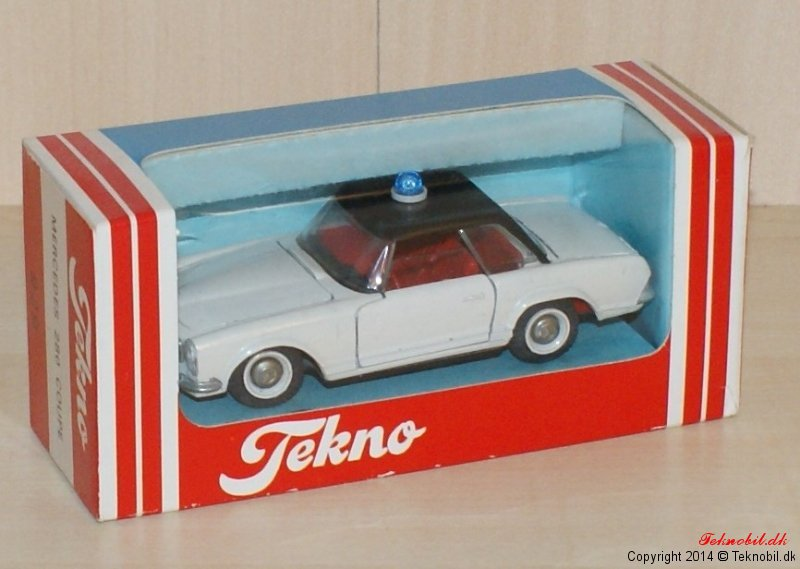 Mercedes Benz 230SL Tekno no. 932