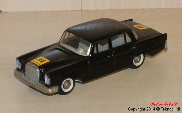 Mercedes Benz 200SE Tekno no. 726